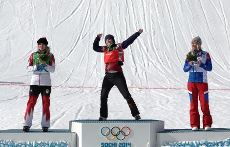 来自加拿大的多米尼克马耳他单板滑雪运动员的银牌
