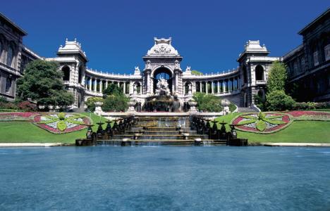 在马赛,法国的喷泉
