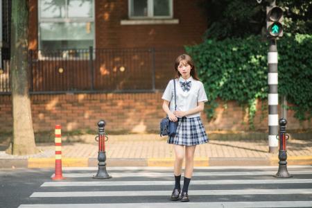 清纯少女校服甜美写真