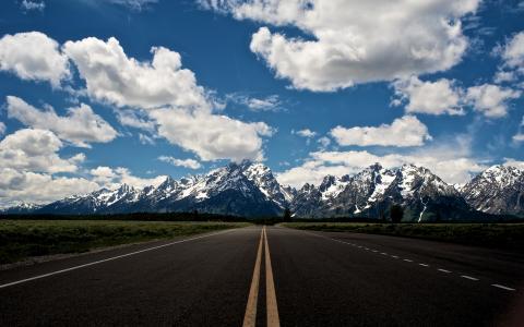 在美国国家公园的路