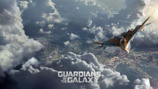 """在电影""""银河护卫队""""的云层之上的飞机"""