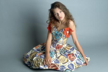 好莱坞女星米拉乔沃维奇
