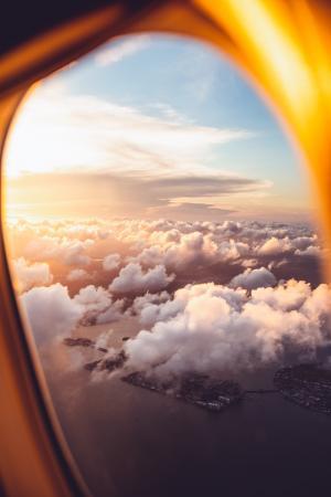 飞机窗外的美景微信背景