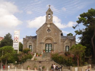 教会在法国拉波勒度假胜地