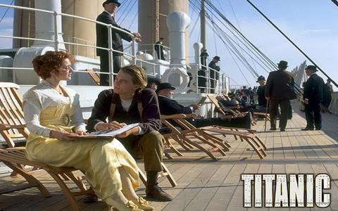 从电影泰坦尼克号的场景