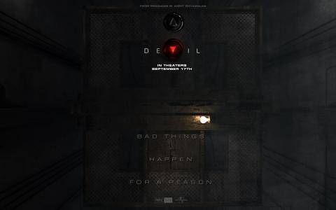 魔鬼卡在电梯里