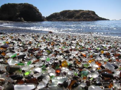 加州的玻璃海滩