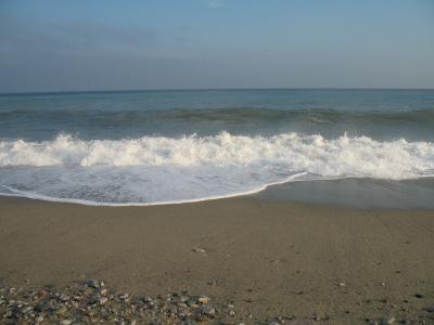 在Spotorno,意大利海滩上的暑假