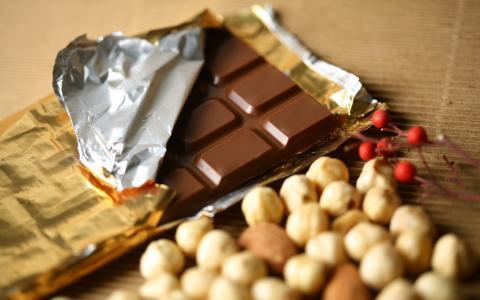 巧克力与坚果