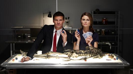 骨头系列的主要人物