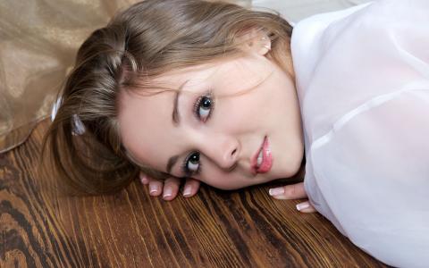 女模特,摄影师杰夫·米尔顿