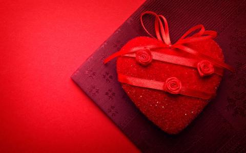 情人节的心形盒子