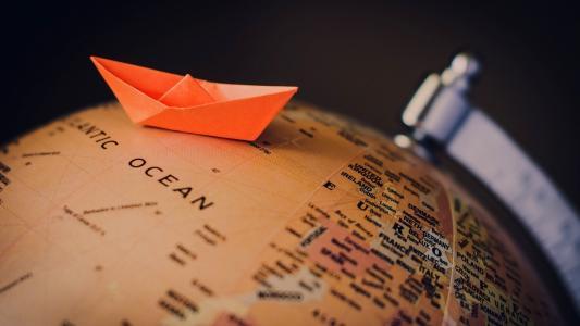 纸船在地球上