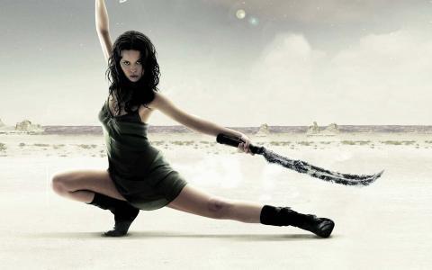 用剑的女孩