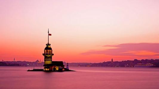 在伊斯坦布尔粉红色