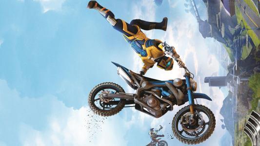摩托车手在游戏中试炼融合