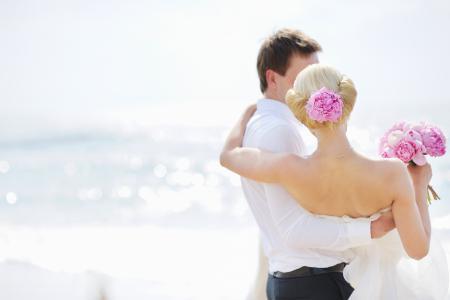 可爱的情侣,爱的女孩,婚礼,花束,新娘