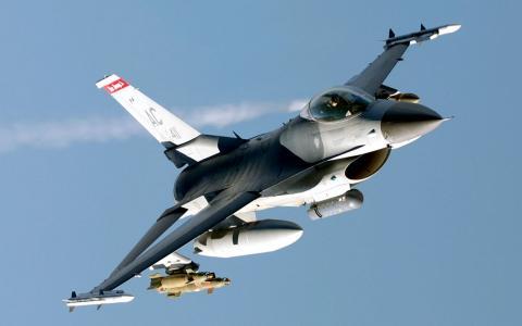 军用飞机F-16