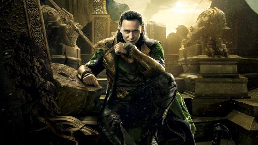 演员汤姆Hiddleston字符Loki在电影雷神。