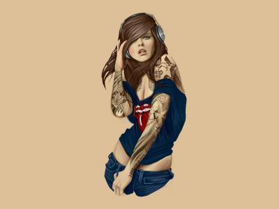 现代女孩与她手上的纹身