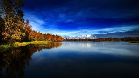 在挪威的秋天