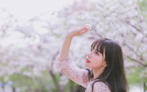 樱花系少女甜美写真