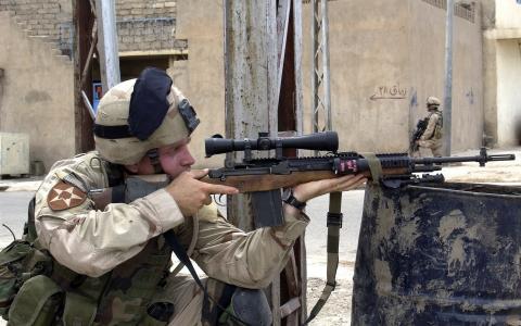 用步枪的士兵