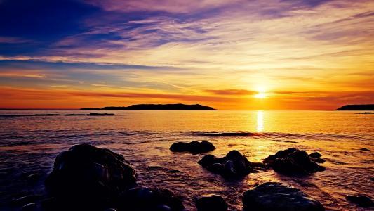在海滩上的日出