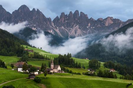 在山上的村庄