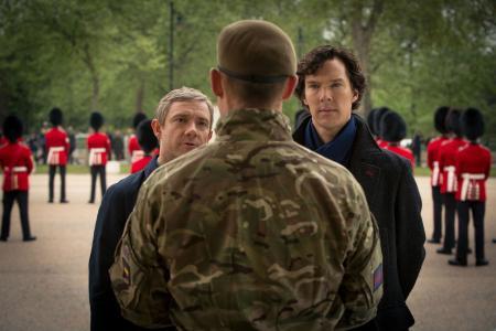 与Sherlock系列中的军队交谈