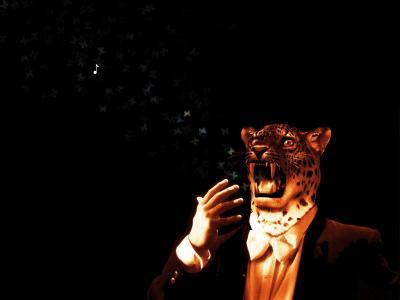 一个豹头的男人