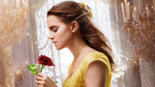 看看黄色的电影_艾玛·沃森在电影\