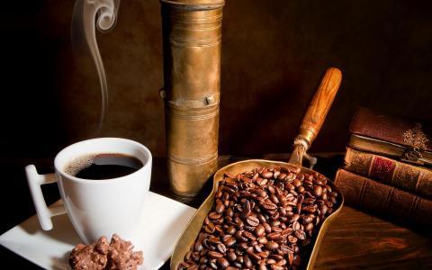 咖啡豆和咖啡