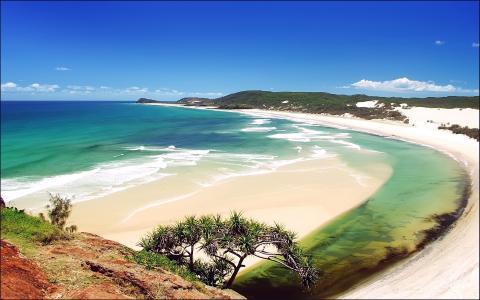 海滩的看法从山的