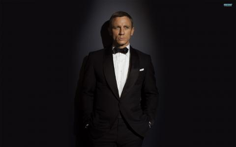 詹姆斯·邦德Daniel Craig