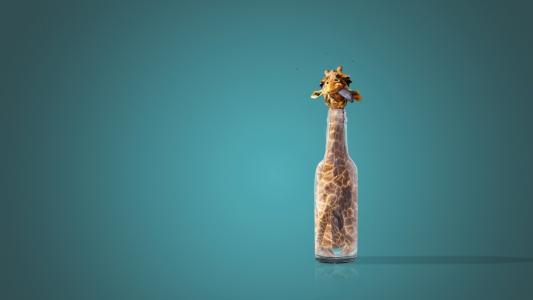 长颈鹿在瓶子里