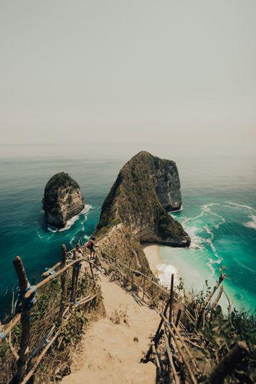 险峻的海岛