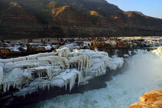 山西壶口瀑布景致