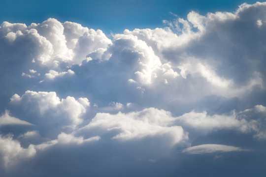 高空的积云